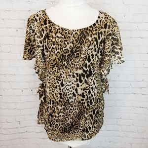 Bobeau|NWT Cheetah Flutter Sleeve Blouse